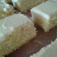 Supremely Soft And Fluffy Vanilla Cake
